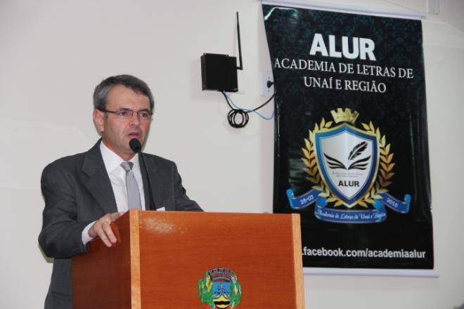 Dr. Marcos Tadeu de B. Brandão- Delegado Chefe do 16º Depto de Polícia Civil