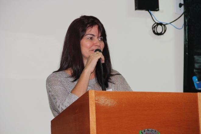 Francisca Peres - Secretária da Educação representando o Prefeito Delvito Alves