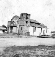 igreja-antiga-unai-mg